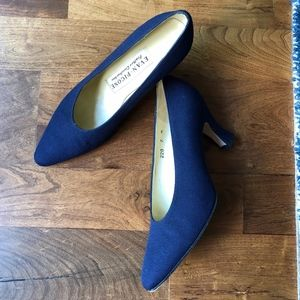 Evan Picone Navy Blue Feather Cushion Heels